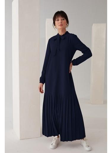 Vivencia Pliseli Boyundan Bağlamalı Elbise Zümrüt Lacivert